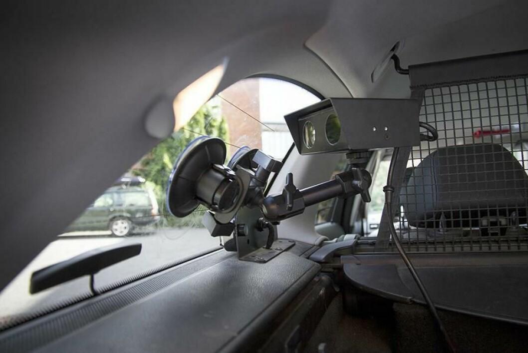 ANPR-enhet montert i politibil. Disse blir det flere av - i hele Norge.