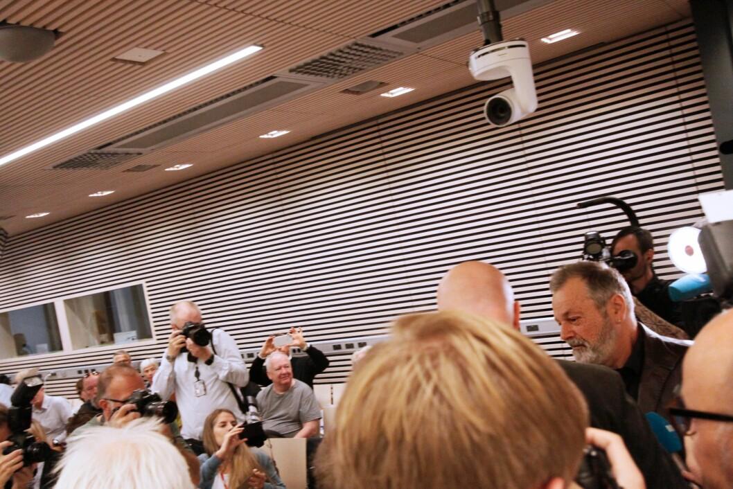 I RETTEN: Eirik Jensen før retten ble satt mandag formiddag.