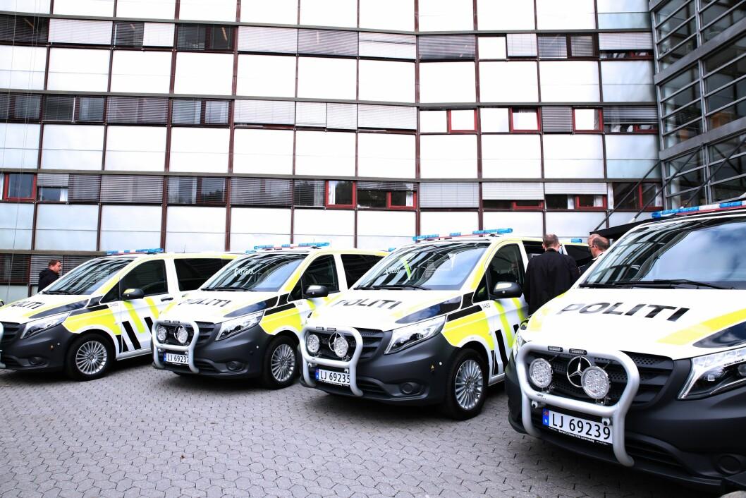 SPLITTER NYE: Disse fire nye Mercedes Vito-bilene er i bruk i Oslo politidistrikt fra og med denne uka. Åtte nye biler kommer fortløpende.