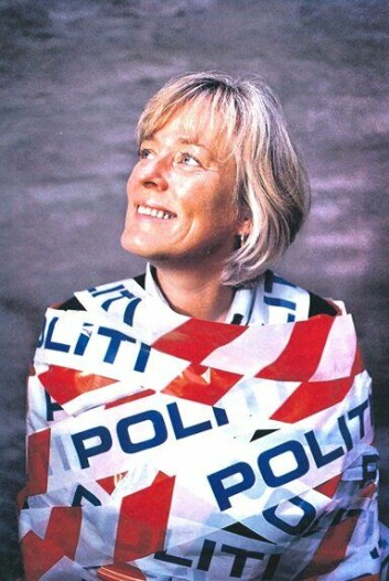 FENGSLET: - Kritikerne mente kanskje at jeg ikke bare var blitt forskningsmessig fengslet, men også ideologisk fanget av politiet, sier Finstad. Bildet er fra et intervju i Blikk fra oktober 2000.