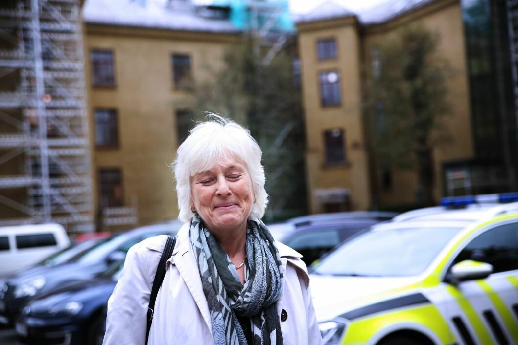 I FRONT: Professor Liv Finstad feirer i år sølvbryllup med politiet. Etter 25 år med politiforskning takker hun for seg, og trer inn i pensjonistenes rekker. Men ikke helt ennå – hun har fortsatt 20 prosent stilling ved PHS i Oslo og til neste år kommer hun med ny bok.