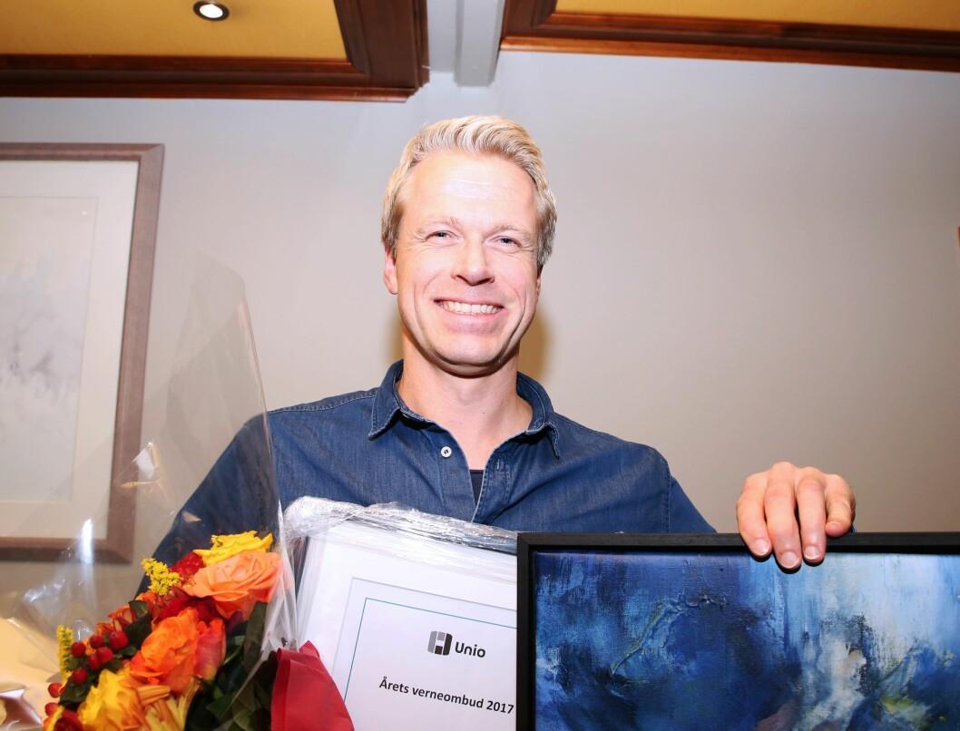 HEDRES: Kjell Ivar Sletten ble i dag hedret for sin innsats for de ansatte i Vest politidistrikt.