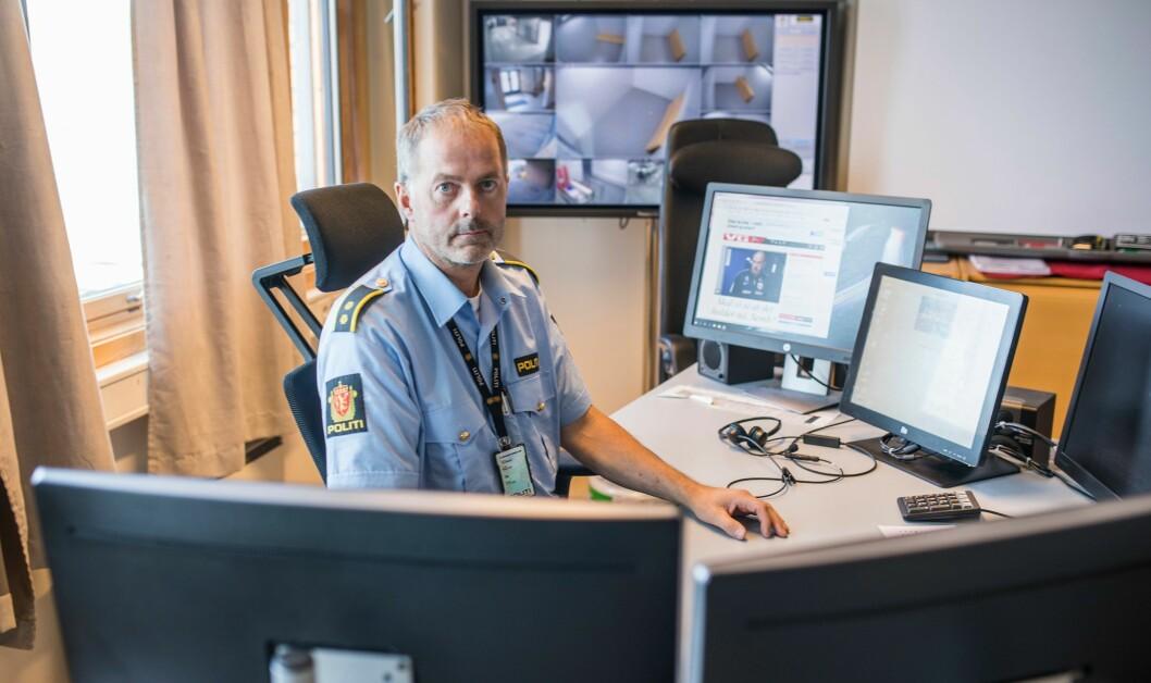 På minstelønn: Operasjonsleder Svein Erik Jakobsen i Finnmark har lang ansiennitet og ekstraansvar. Likevel ser han andre operasjonsledere – og operatører – passere ham på lønnsstigen.