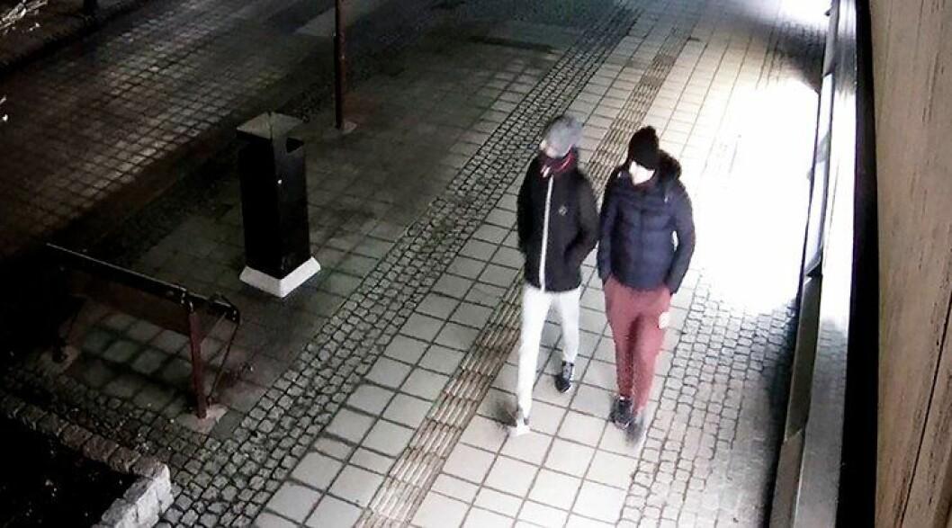 STOPPET: De kriminelle fanget opp på overvåkningskamera. De ble til slutt stoppet - av politiet i Stryn.