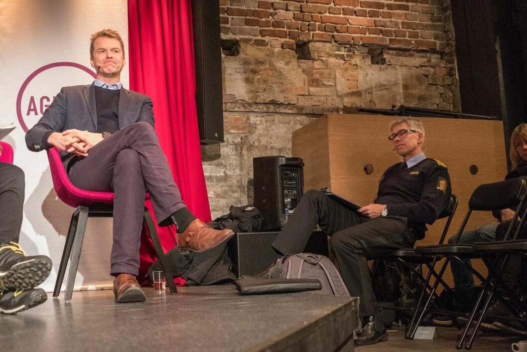 PF-leder Sigve Bolstad og Atle Roll-Matthiesen i Politidirektoratet møttes til debatt om kapasiteten i framtidens politi.