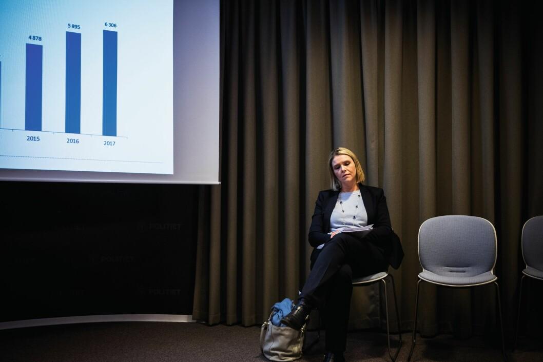 Sylvi Listhaug på pressekonferansen om kriminalitetsutviklingen 2017.