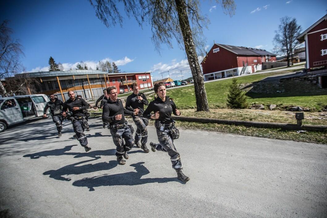 GODE ANLEGG: Ordfører i Kongsvinger kommune, Sjur Strand, skriver at man på Kongsvinger har moderne spesialiserte anlegg innenfor et bredt spekter av politifaget. Her fra en PHS-øvelse på Sæter.