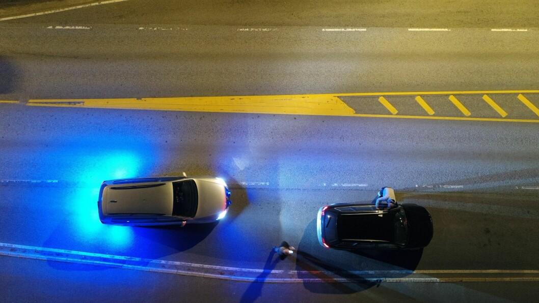 HØYTFLYVENDE:UP-patruljen er ute dag og natt, i all slags vær. – De har nærmest 100 prosent uttelling når de stanser en bil, og de bommer sjelden når de vinker inn en bilist, sier UP-sjef Runar Karlsen.