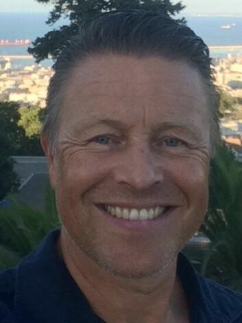 Geir Pettersen er sendt ut fra Politiets utlendingsenhet, men arbeidsgiver er Utenriksdepartementet. Det koster ham halvannet år av pensjonsalderen.