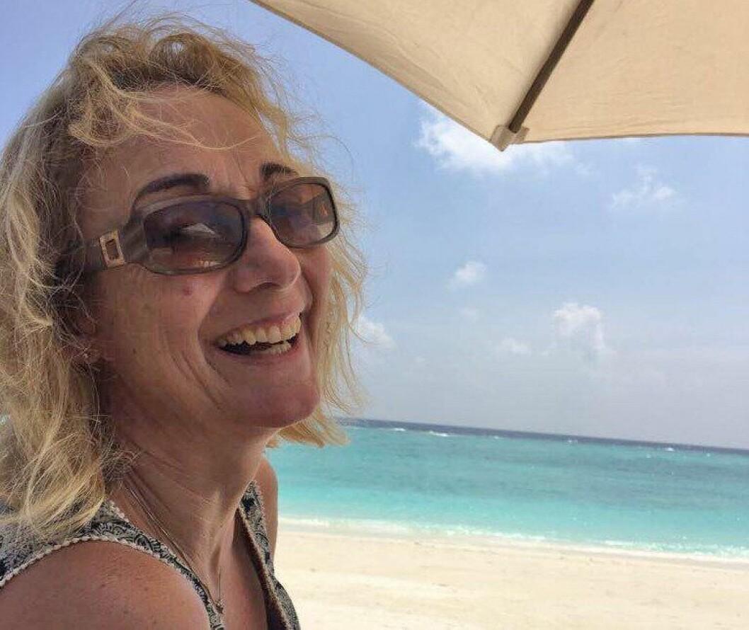 Nina Skarpenes fyller ferien med lesing og bading med venner og familie.