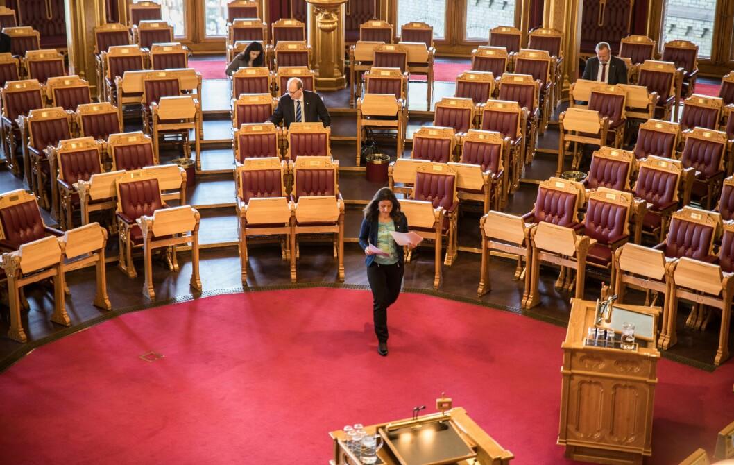 Jenny Klinge i justiskomiteen på Stortinget har tatt varslingssaken opp med justisministeren.