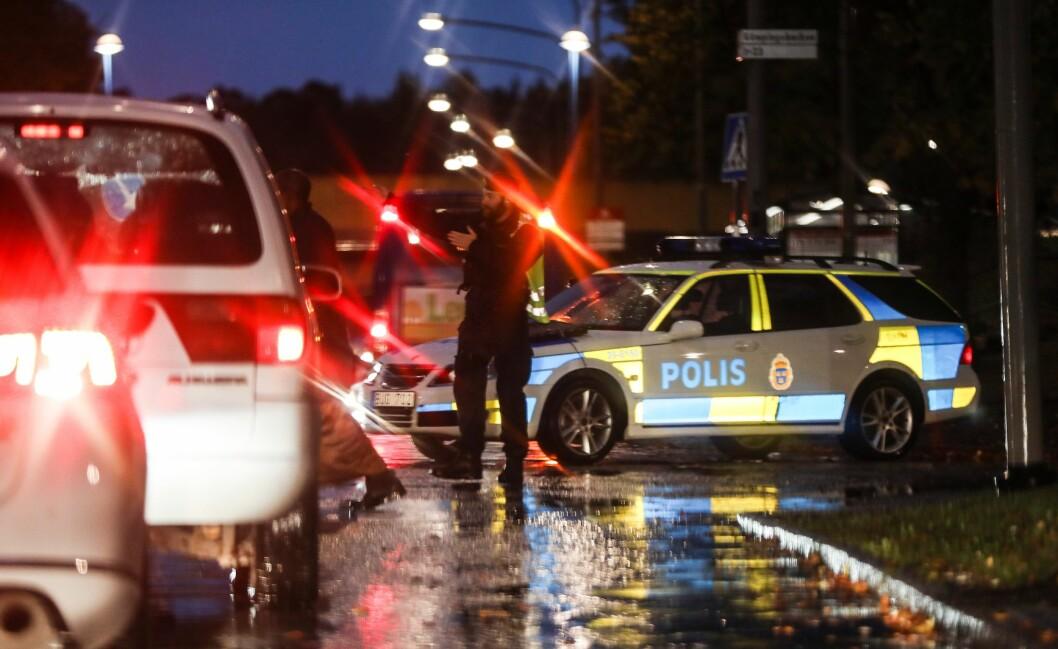 Politidekninga i Sverige har gått ned. Lønna har mye av årsaken, mener fagforeninga.