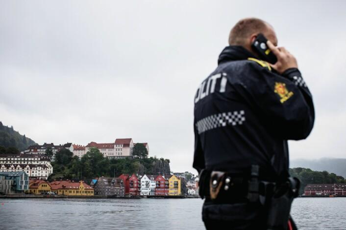 HJEMSTED: Politiansatte gjør en jobb for samfunnet, men de har også rett til å leve et trygt privatliv. Handlingsplikten rokker ikke ved det, mener Koksvik. Bildet er et illustrasjonsfoto.