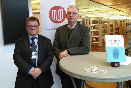 Professorene Morten Holmboe og Tor-Geir Myhrer har kommet ut med en bok hvor de har tatt et dypdykk i hva politiattester egentlig inneholder.