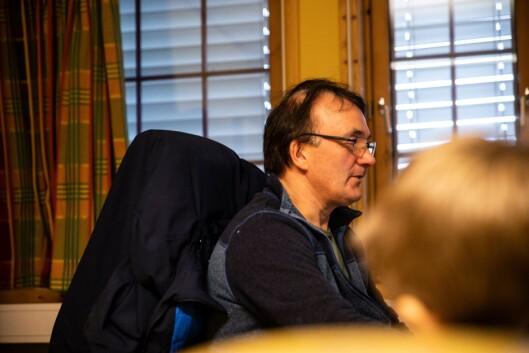 Arvid Næss dukker ned i saksbunken som han sier han er blitt bedt om å prioritere.