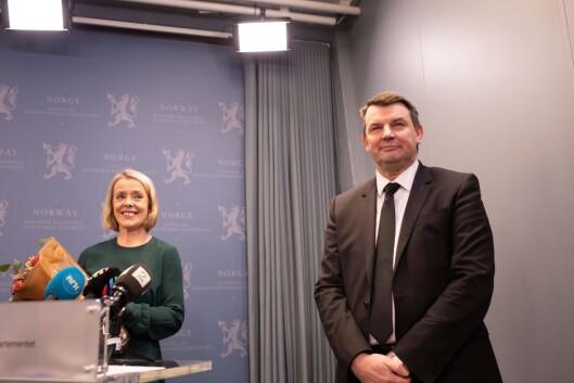 Justisminister Tor Mikkel Wara var glad for å få på plass Benedicte Bjørnland som ny politidirektør i dag.