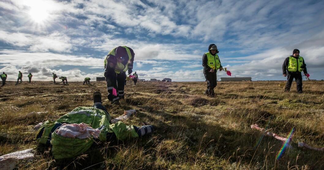 IDENTIFISERING: Skjer det en stor ulykke på Island, drar det norske DVI-teamet for å bidra med ID-arbeidet. Dette bildet er tatt i 2015, da islandsk politi øvet på arbeid etter en flyulykke.