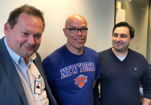 NYTT STUDIUM: Veileder og sensor Ivar Jan Flø (t.v), student Richard Merlid og fagansvarlig for studiet, David Hansen.