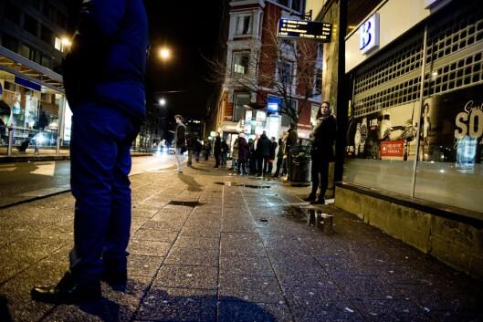 MER SALG: Det er lettere å rekruttere unge selgere dersom det ikke er straffbart med besittelse av narkotika. De kriminelle bakmennenes jobb blir lettere og det blir vanskeligere for politiet, skriver Kjellstad.