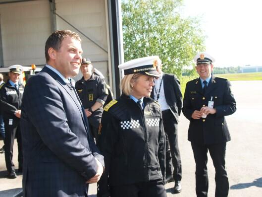 Justisminister Jøran Kallmyr og politidirektør Benedicte Bjørnland.