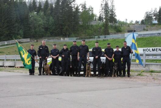 VANT: Det svenske laget kunne juble over seieren i Nordisk mesterskap for politihunder.