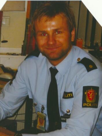 DRØMMEJOBBEN: Det var politi Stian skulle bli. Her er han på jobb i Lillestrøm i 2007.