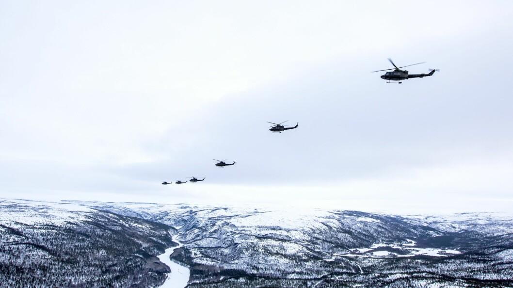 339-Skvadronen fra Bardufoss trener under vinterøvelsen Joint Viking 2017 i Finnmark. Forsvarets Bell-helikoptre flyttes nå til Rygge, og dermed må politiet i Nord-Norge få sin helikopterbistand fra en ny leverandør.