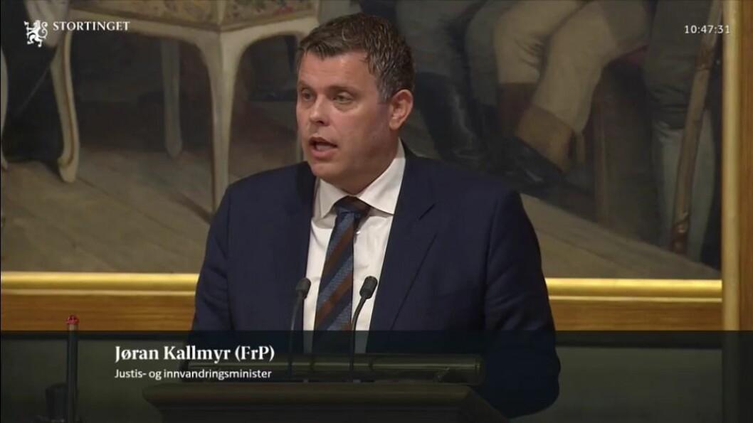 REDEGJORDE: Justisminister Jøran Kallmyr redegjorde for bemannings- og beredskapssituasjonen i politiet.