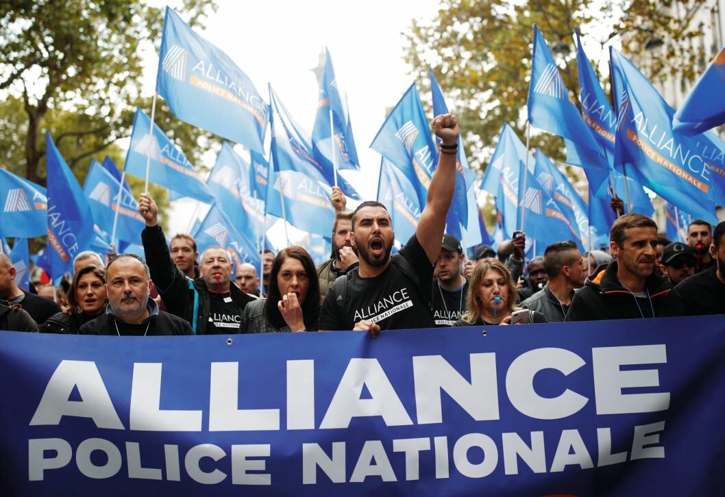 MANNSSTERKE: Den 2. oktober 2019 demonstrerte 22.000 franske polititjenestemenn mot lav lønn og dårlige arbeidsforhold i etaten.