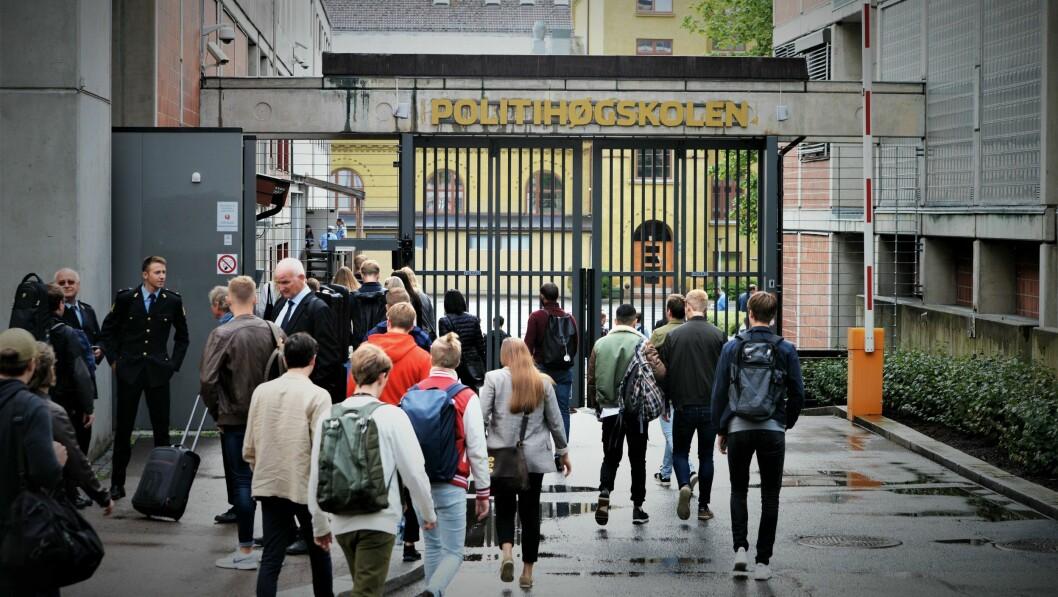 Regjeringen har foreslått å kutte opptaket ved Politihøgskolen til 400 studenter fra 2020. Hele kuttet foreslås tatt i Oslo.