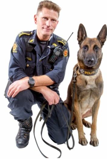 GODE SAMMEN: Eos og Johan Sund Eliassen vant prisen for beste patruljehund under Nordisk mesterskap for politihunder i 2014.