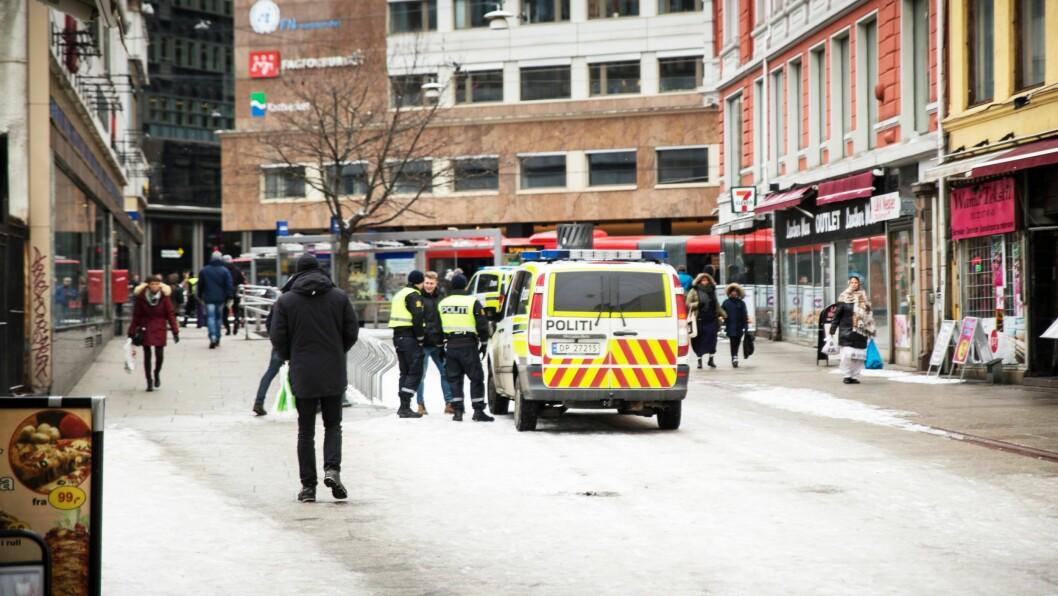 Politi i Brugata i Oslo.