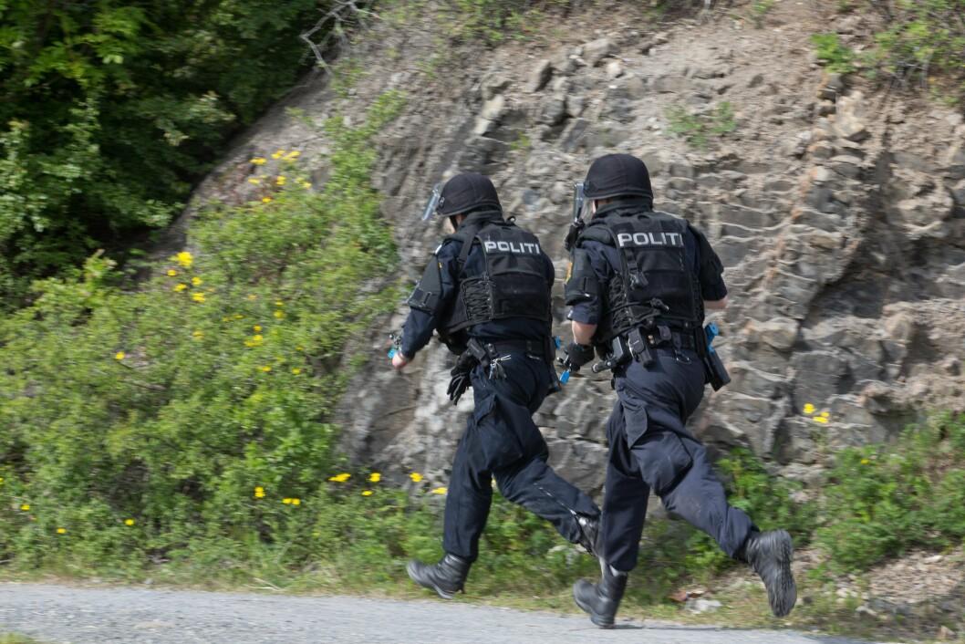 Bildet er et illustrasjonsbilde fra en øvelse, i et annet politidistrikt.