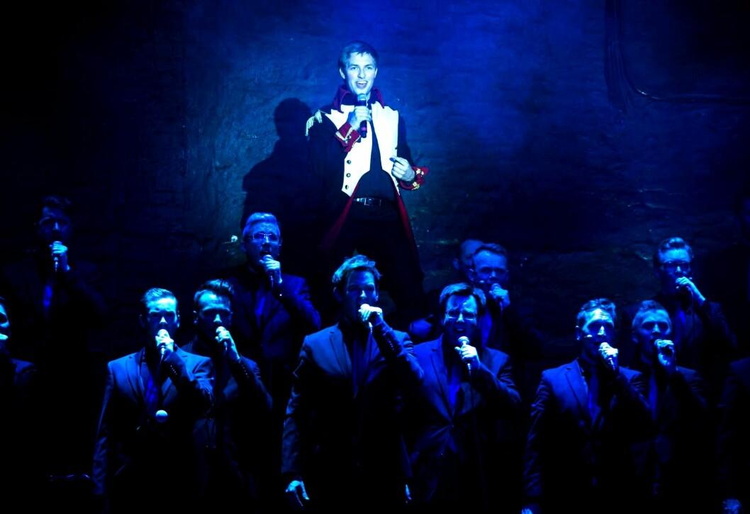 MIDTPUNKT: Even Bergan som solist under en konsert med Oslo fagottkor.