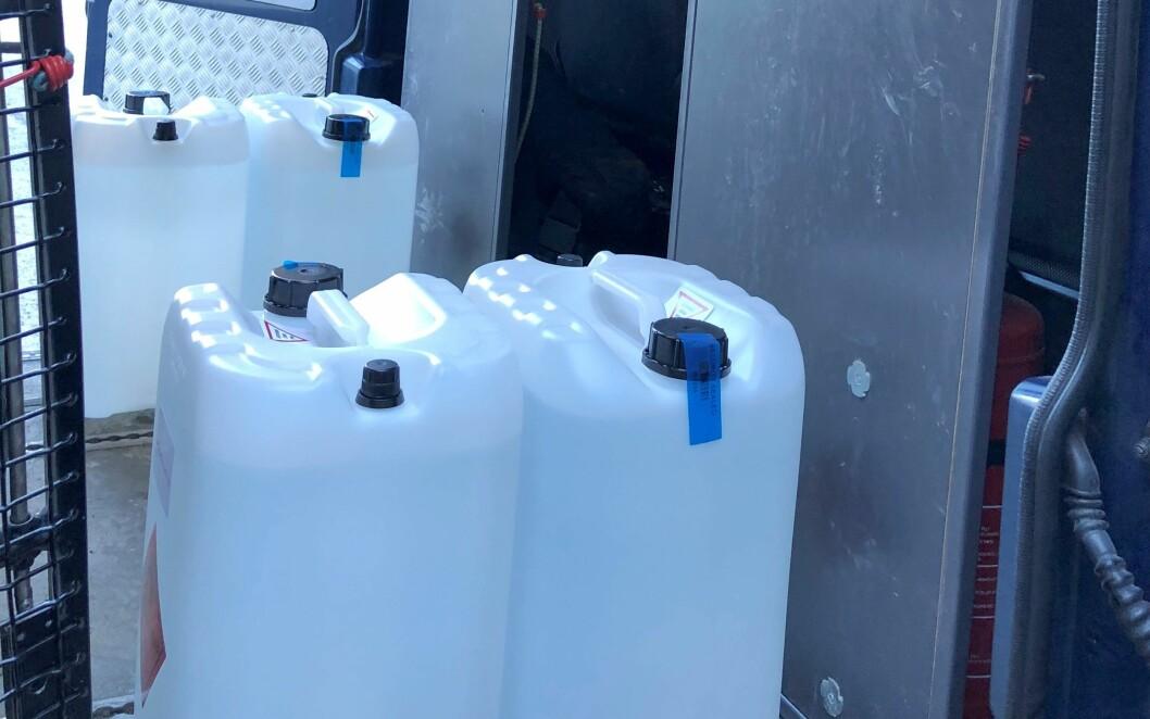 Oslo politidistrikt hentet 325 liter sprit til desinfisering.