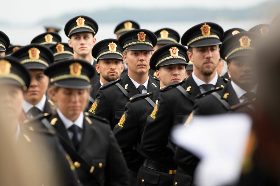 PLIKTLØP: Hva med å innføre pliktår for politifolk, på samme måte som i Forsvaret? spør artikkelforfatteren.