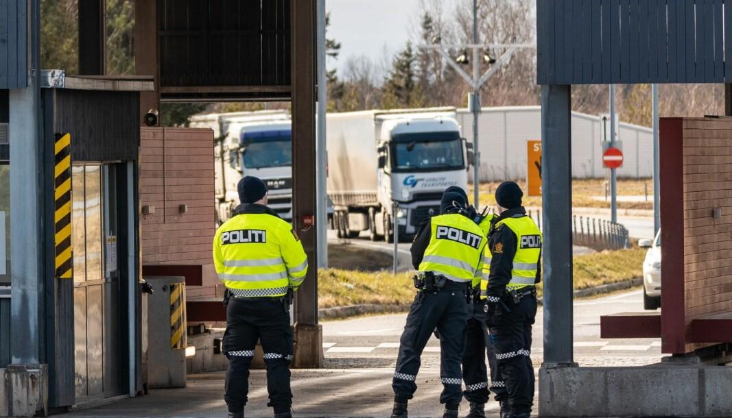 MÅ VENTE: De første 150 politifolkene som ble ansatt i de midlertidige koronastillingene har fått forlenget ansettelsen ut året. De resterende 250 må avvente behovet.