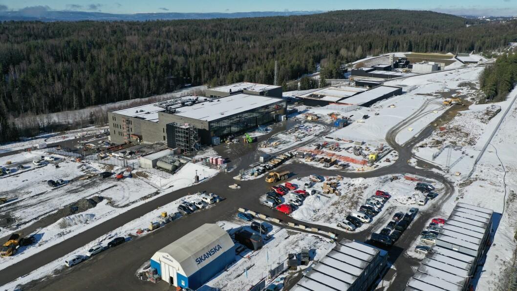 PENGETRØBBEL: Slik så politiets nye beredskapssenter på Taraldrud i Ski ut tidlig i mars. Senteret skal stå ferdig i september, men nå skaper finansieringen utfordringerfor Oslo politidistrikt.