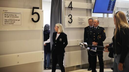 Justis- og beredskapsminister Monica Mæland mener det er et godt tilbud til publiku,m å kunne levere flere anmeldelser via politiets nettsider.