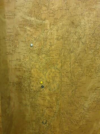 Kartene er skrevet på tysk, og viser området som i dag er Vest politidistrikt.