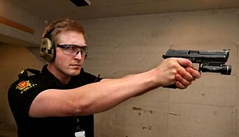 BOMSKUDD: Politibetjent Ole Andreas Nordrum ved Larvik politistasjon var kritisk til forslaget til ny våpenforskrift.