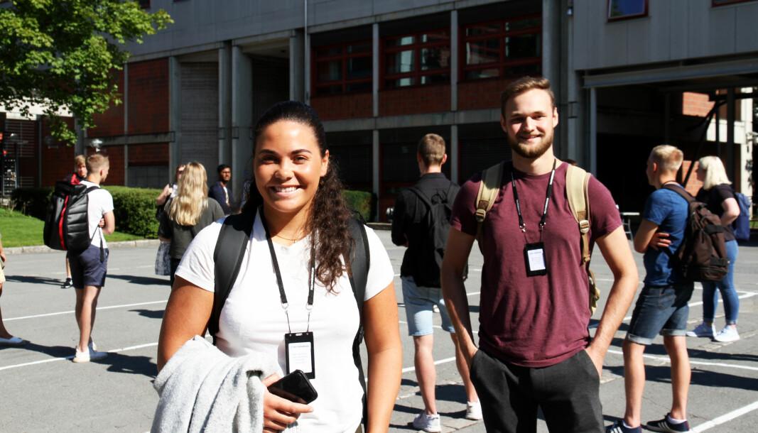 GLEDER SEG: Mathilde Skarstein (21) og Steinar Stuhaug (23) er blant årets nye politistudenter på Politihøgskolen.