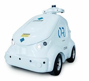 Roboten O-3 er en av flere roboter politiet i Singapore har tatt i bruk i kampen mot koronaviruset.
