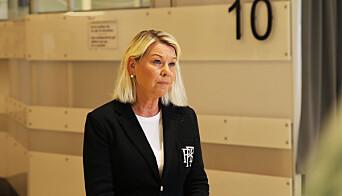 Justis- og beredskapsminister Monica Mæland uttalte før sommeren at det har vært en del saker hvor politifolk ikke har fått erstatning for skader de har fått under pålagt trening. - Sånn kan vi ikke ha det, sa Mæland.