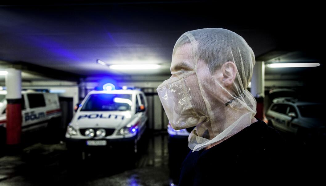 Regjeringen oversendte i september i år et lovforslag til Stortinget, der de foreslår at kriminalomsorgen blir gitt hjemmel til å bruke spytthette. Bildet er et illuatrasjonsfotoo av en spyttemaske.