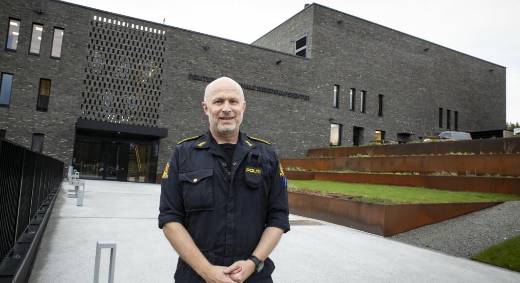 Freddy Rotseth foran politiets nye beredskapssenter på Taraldrud, sør for Oslo.