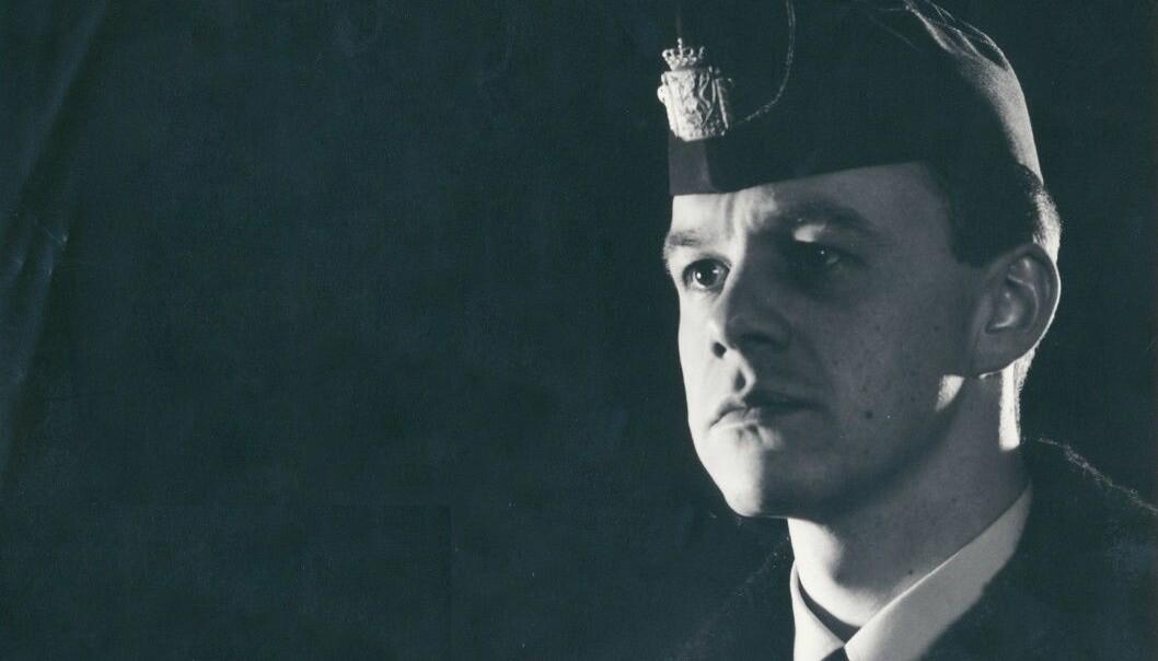BIRGITTE TENGS-SAKEN: Stian Elle som politioverkonstabel i 1987. Bildet er tatt i forbindelse med at Elle var med i en NRK-dokumentar om politiet.