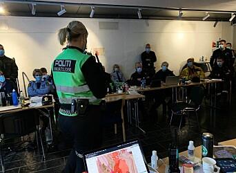Det å kjøre ut fra Gjerdrum og se alle de tente stearinlysene ble et spesielt øyeblikk for innsatsleder Marit Furuseth. Bildet er tatt in innsatsleder-ko, i driftsfasen.