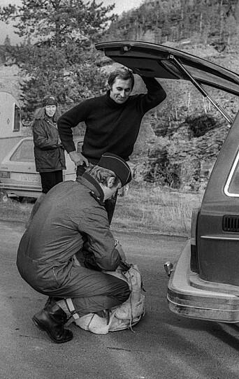 Svein Suhr stanses ved politisperringen på veien opp til Stilla.