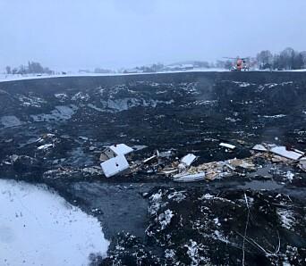STOR SKRED: Kvikkleirskredet som gikk nær Ask sentrum tok med seg ni bygninger og 31 boenheter.
